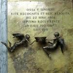 Monumento in memoria di frà Ginepro- S.Maria in Ara Coeli-1996